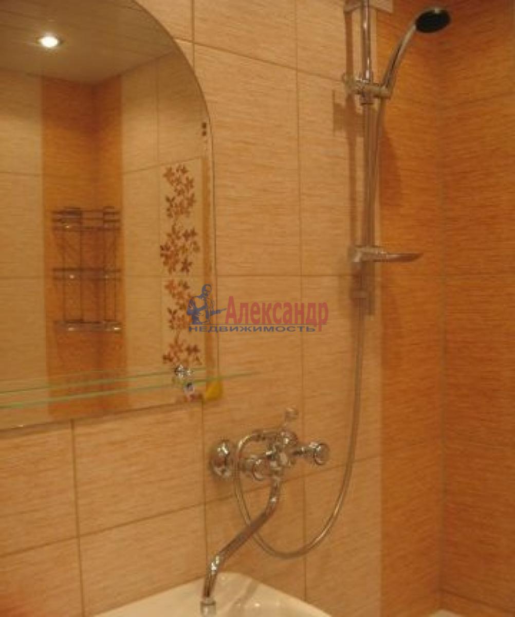 1-комнатная квартира (34м2) в аренду по адресу Подвойского ул., 17— фото 2 из 4