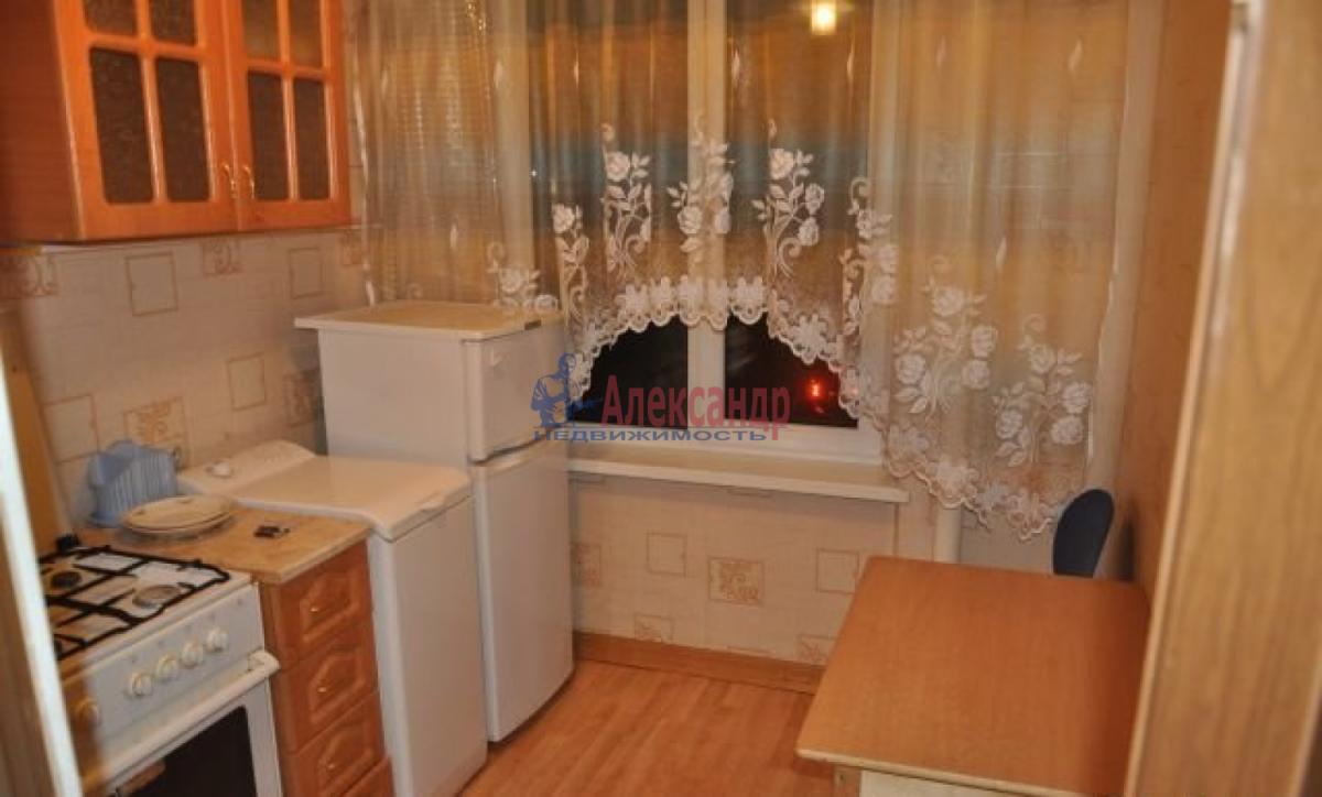 1-комнатная квартира (37м2) в аренду по адресу Маршала Жукова пр.— фото 1 из 5