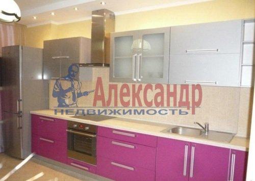 2-комнатная квартира (68м2) в аренду по адресу Дрезденская ул., 11— фото 4 из 11