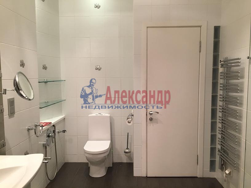 2-комнатная квартира (115м2) в аренду по адресу Большая Московская ул., 5— фото 13 из 19