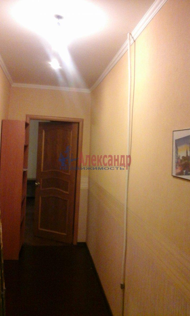 1-комнатная квартира (35м2) в аренду по адресу Хошимина ул., 15— фото 5 из 11