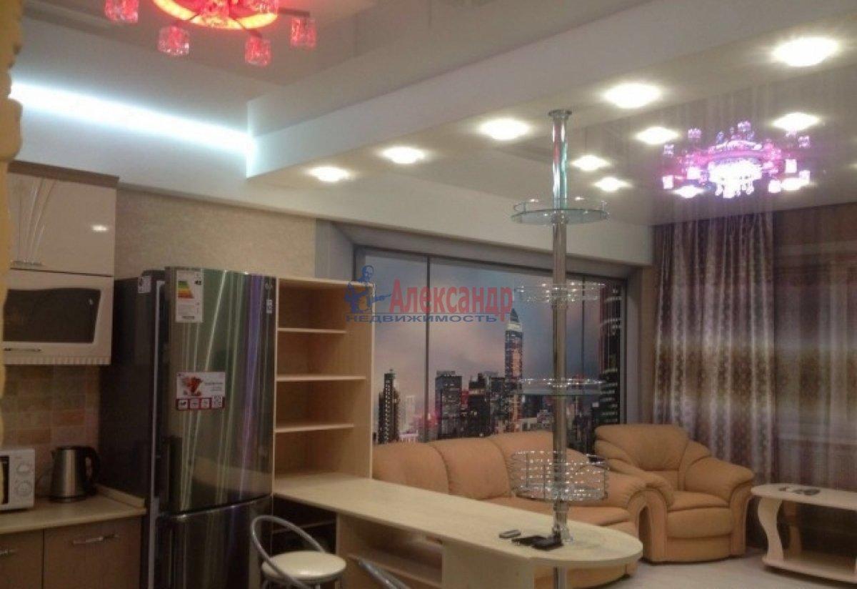 2-комнатная квартира (75м2) в аренду по адресу Богатырский пр., 49— фото 8 из 10