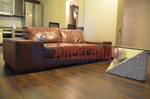 2-комнатная квартира (75м2) в аренду по адресу Восстания ул., 6— фото 8 из 10