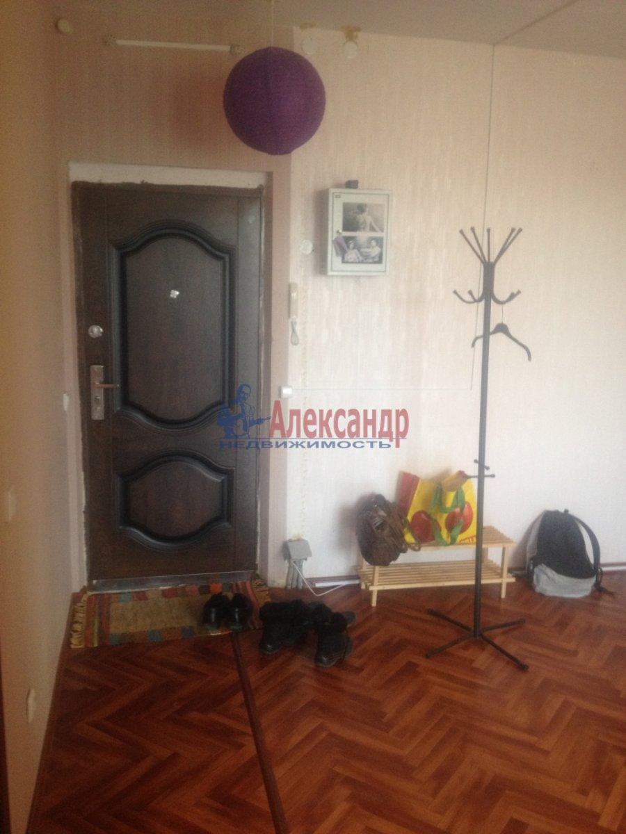 1-комнатная квартира (35м2) в аренду по адресу Народного Ополчения пр., 23— фото 2 из 3