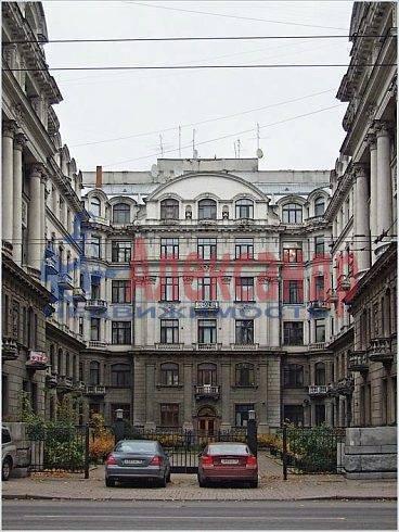 3-комнатная квартира (145м2) в аренду по адресу Каменноостровский пр., 73-75— фото 3 из 11