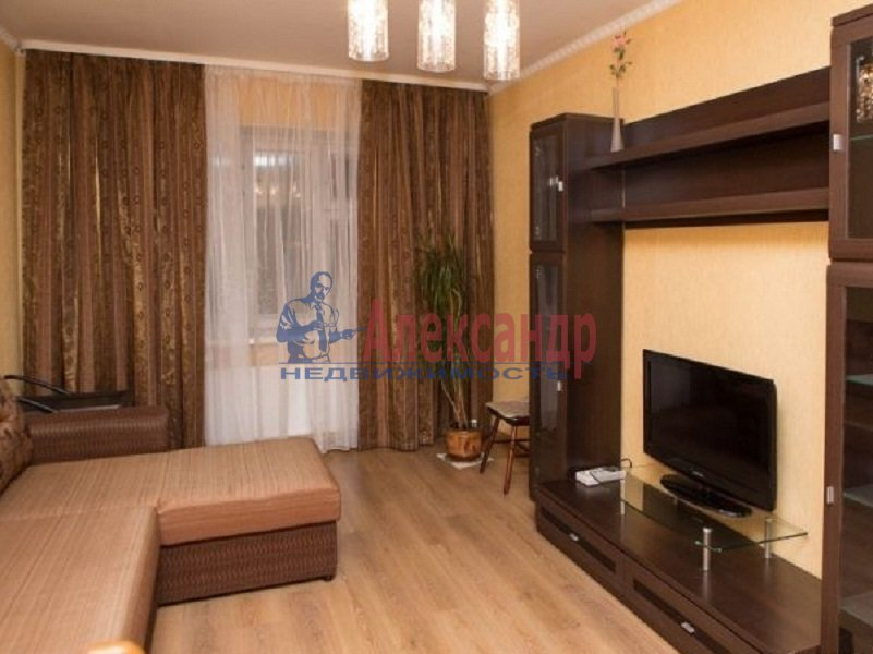 1-комнатная квартира (40м2) в аренду по адресу Туристская ул., 20— фото 1 из 2