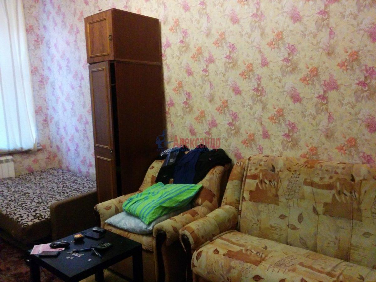 1-комнатная квартира (52м2) в аренду по адресу Херсонская ул., 2— фото 3 из 8