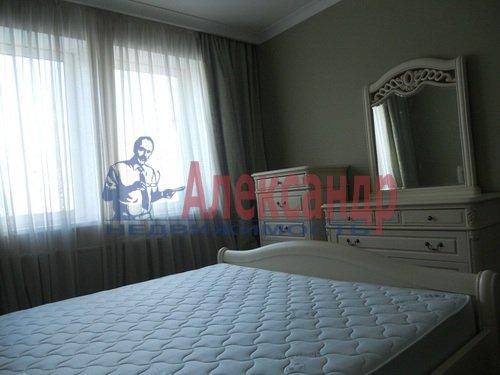 2-комнатная квартира (75м2) в аренду по адресу Восстания ул., 6— фото 9 из 10
