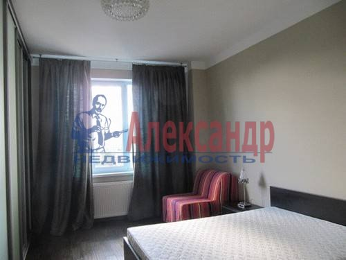 3-комнатная квартира (125м2) в аренду по адресу Московский просп., 82— фото 5 из 11