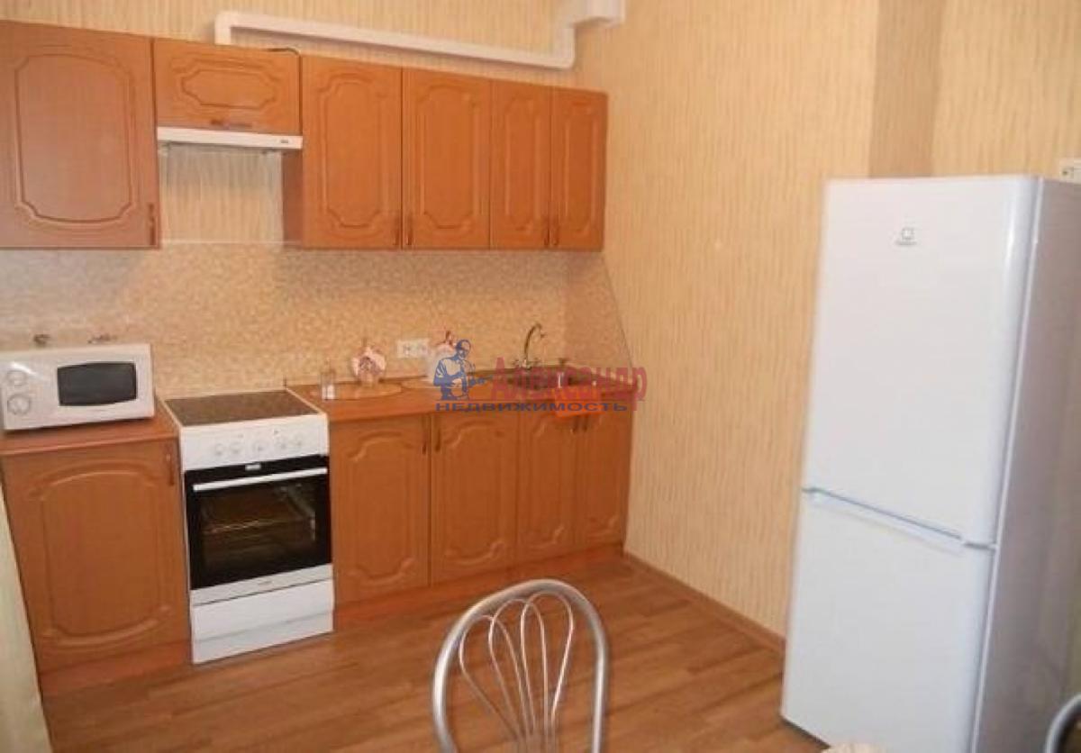1-комнатная квартира (38м2) в аренду по адресу Стачек пр., 85— фото 1 из 6