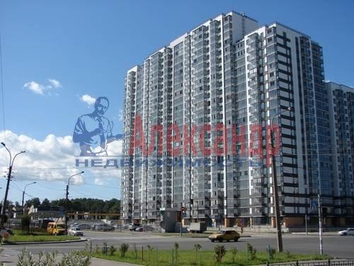 1-комнатная квартира (46м2) в аренду по адресу Композиторов ул., 12— фото 4 из 5