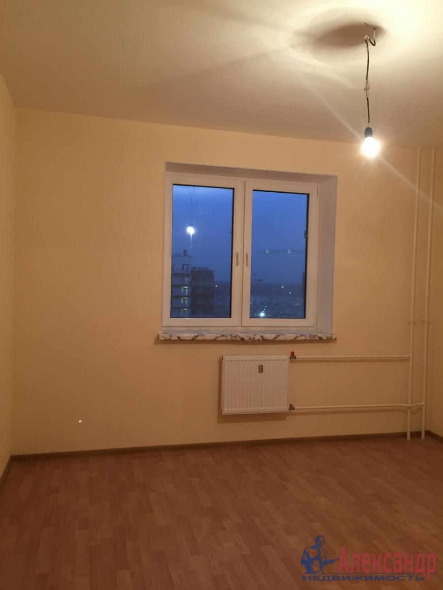 1-комнатная квартира (32м2) в аренду по адресу Кудрово дер., Венская ул., 5— фото 2 из 3