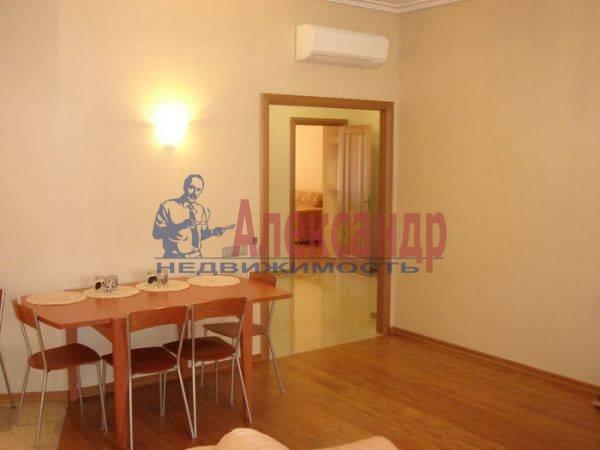 2-комнатная квартира (65м2) в аренду по адресу Волховский пер., 4— фото 4 из 8