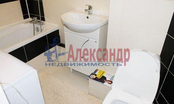 1-комнатная квартира (41м2) в аренду по адресу Народного Ополчения пр., 10— фото 4 из 5