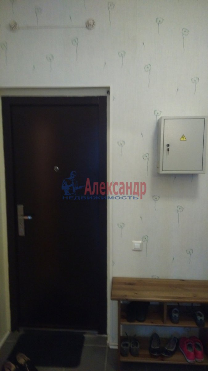 1-комнатная квартира (36м2) в аренду по адресу Брянцева ул., 15— фото 8 из 8