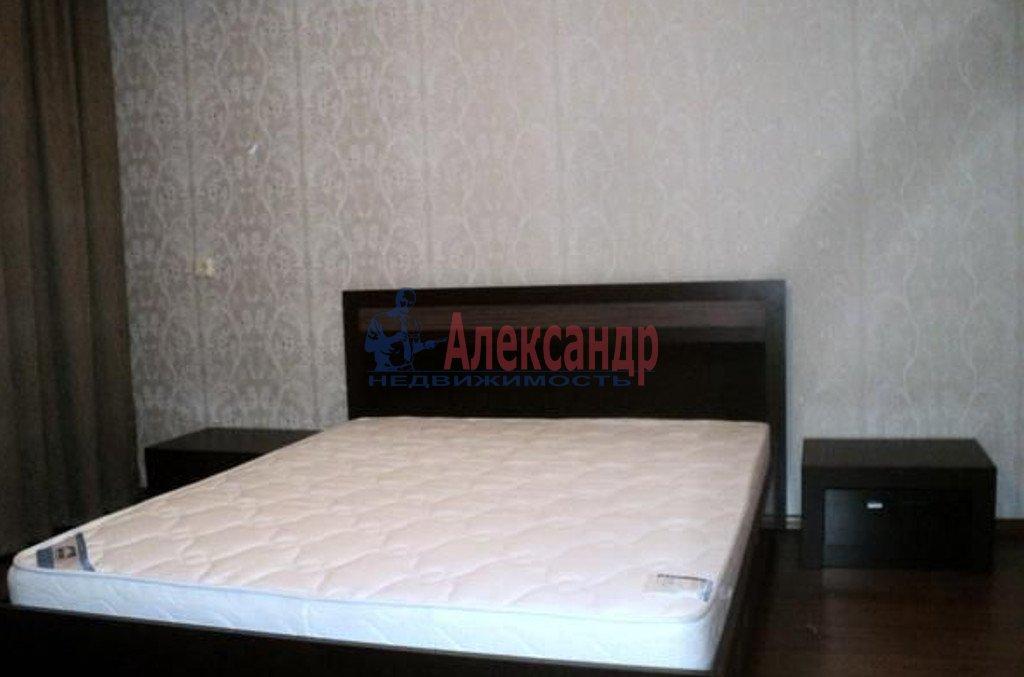 2-комнатная квартира (71м2) в аренду по адресу Глухая Зеленина ул., 6— фото 2 из 4