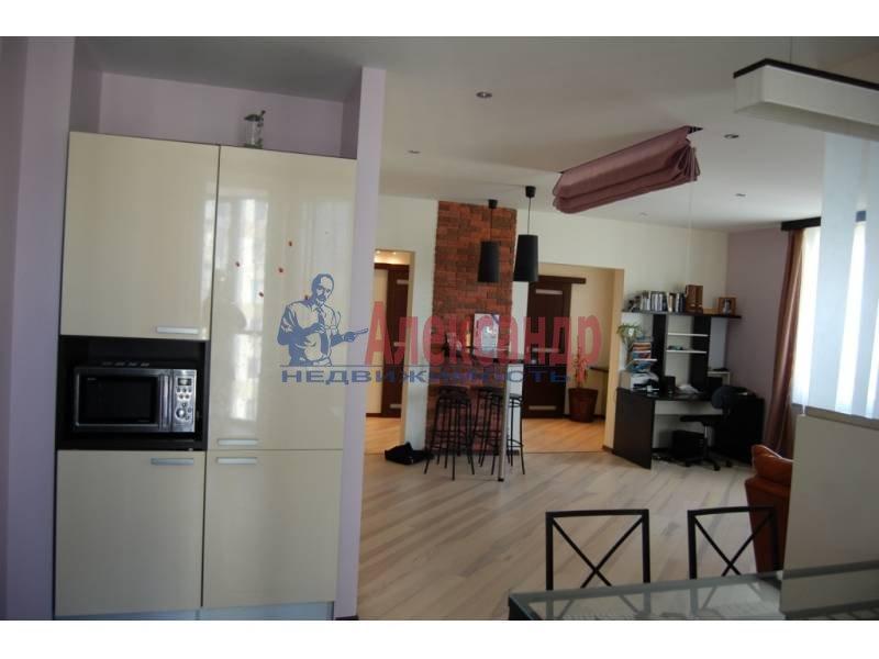 2-комнатная квартира (100м2) в аренду по адресу Кораблестроителей ул., 30— фото 3 из 14