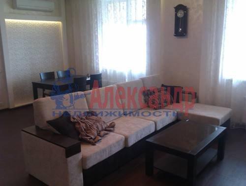 3-комнатная квартира (120м2) в аренду по адресу Композиторов ул., 4— фото 3 из 10