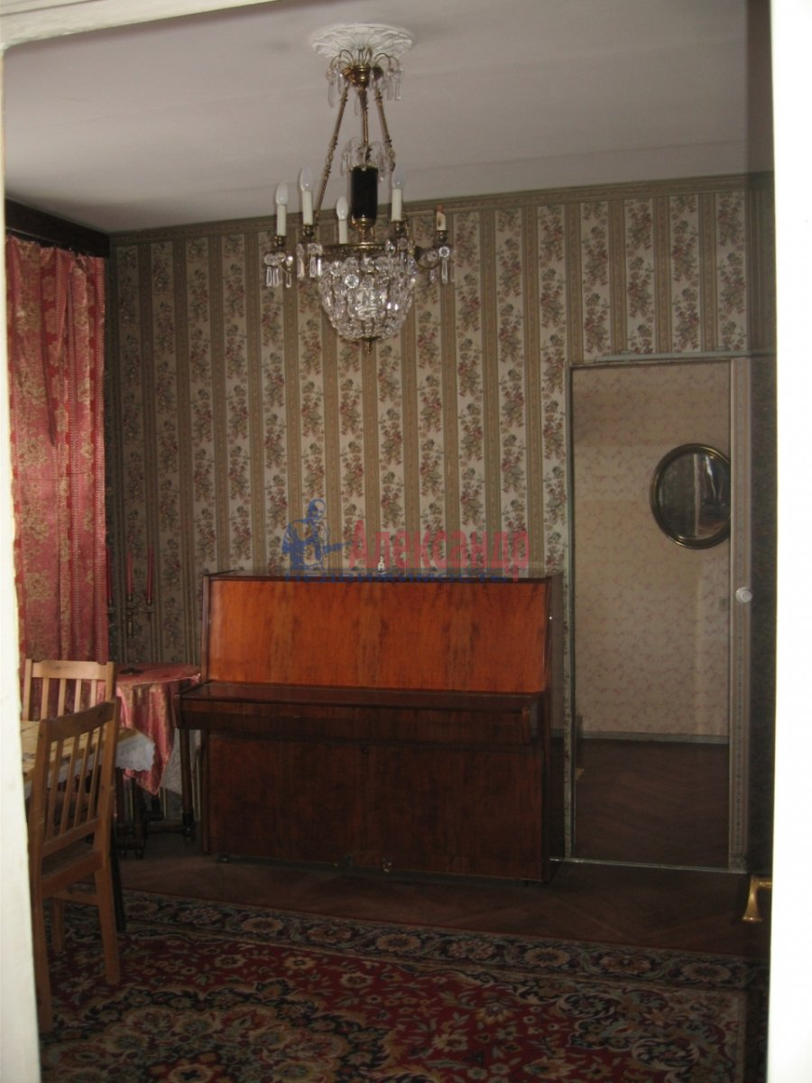 2-комнатная квартира (56м2) в аренду по адресу Воскресенская наб., 6— фото 3 из 11