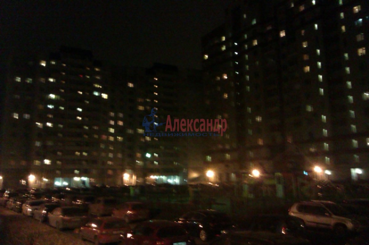 1-комнатная квартира (50м2) в аренду по адресу Товарищеский пр., 32— фото 10 из 10