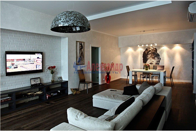3-комнатная квартира (143м2) в аренду по адресу Парадная ул., 3— фото 1 из 18