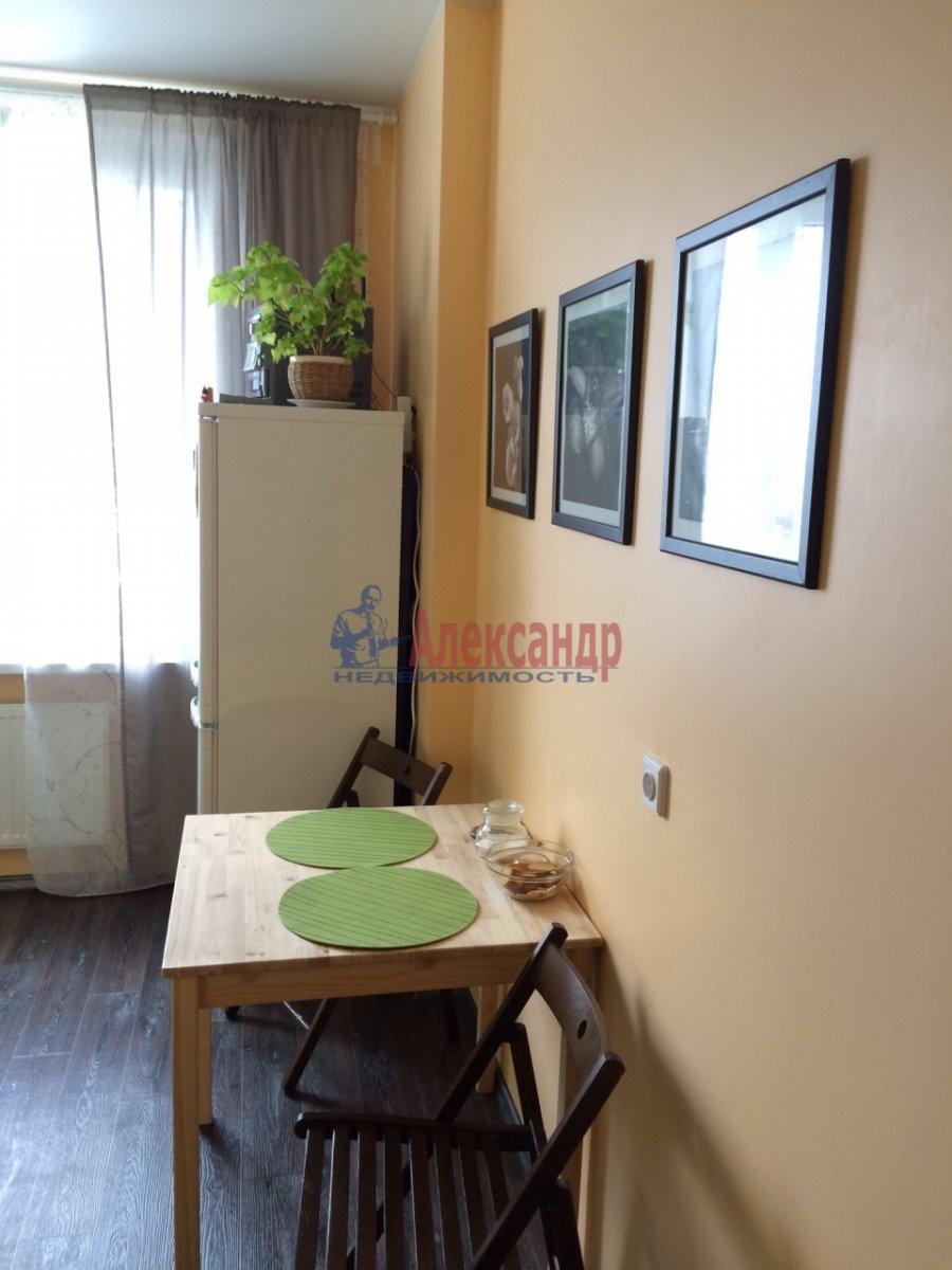 1-комнатная квартира (35м2) в аренду по адресу Русановская ул., 9— фото 5 из 8