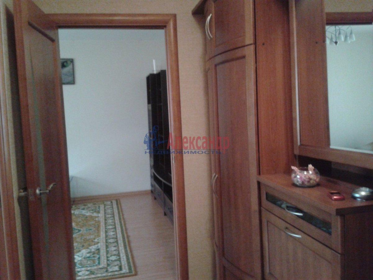 2-комнатная квартира (75м2) в аренду по адресу Туристская ул., 28— фото 4 из 6