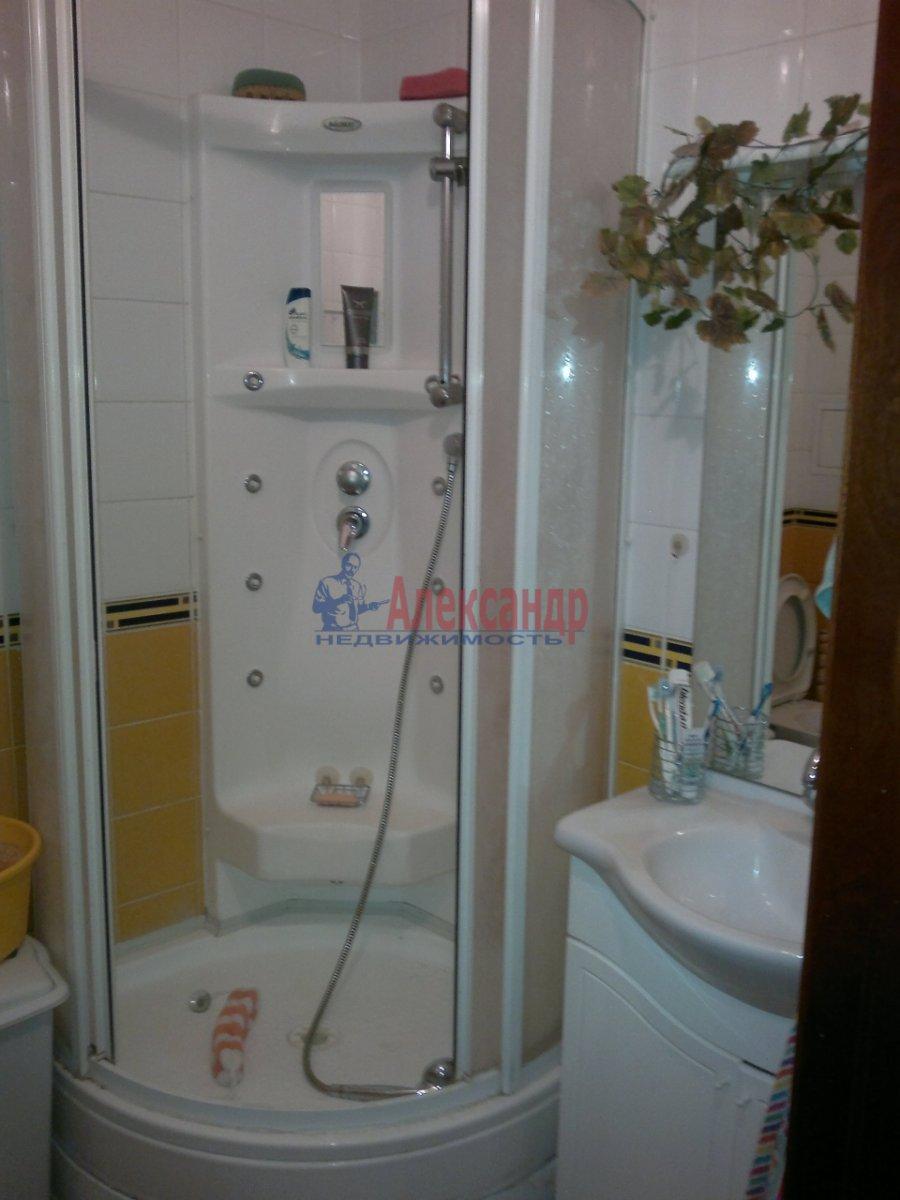 1-комнатная квартира (32м2) в аренду по адресу Учительская ул., 12— фото 3 из 3