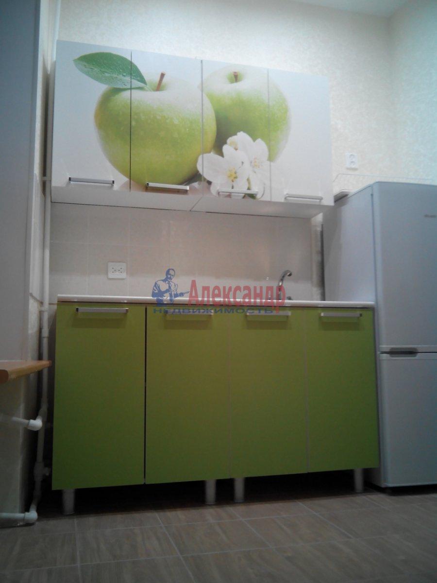 2-комнатная квартира (41м2) в аренду по адресу Спасский пер., 9— фото 1 из 5