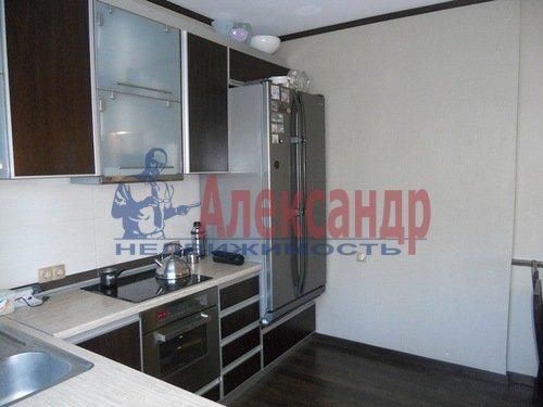 2-комнатная квартира (75м2) в аренду по адресу Восстания ул., 6— фото 2 из 10
