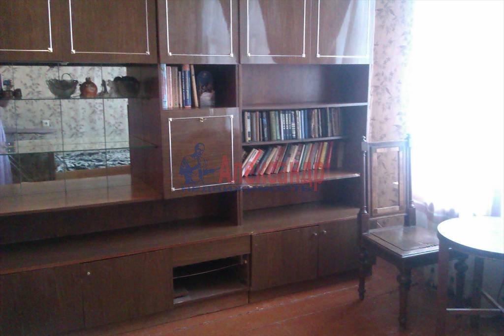 3-комнатная квартира (72м2) в аренду по адресу Синопская наб., 72— фото 1 из 9