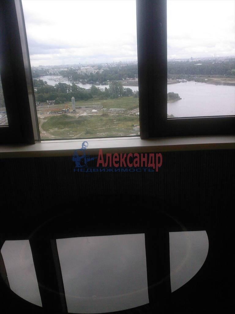 1-комнатная квартира (60м2) в аренду по адресу Приморский пр., 137— фото 7 из 12