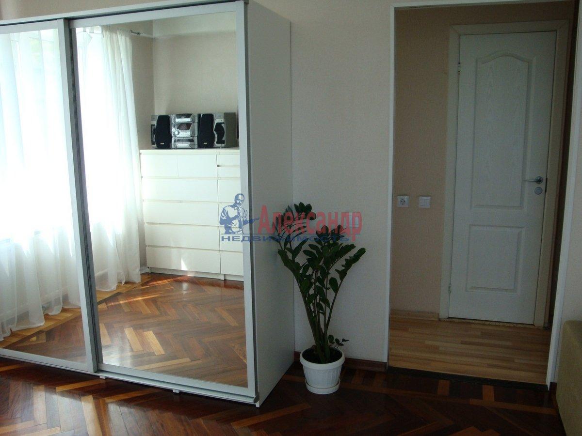 1-комнатная квартира (33м2) в аренду по адресу Металлистов пр., 25— фото 4 из 10