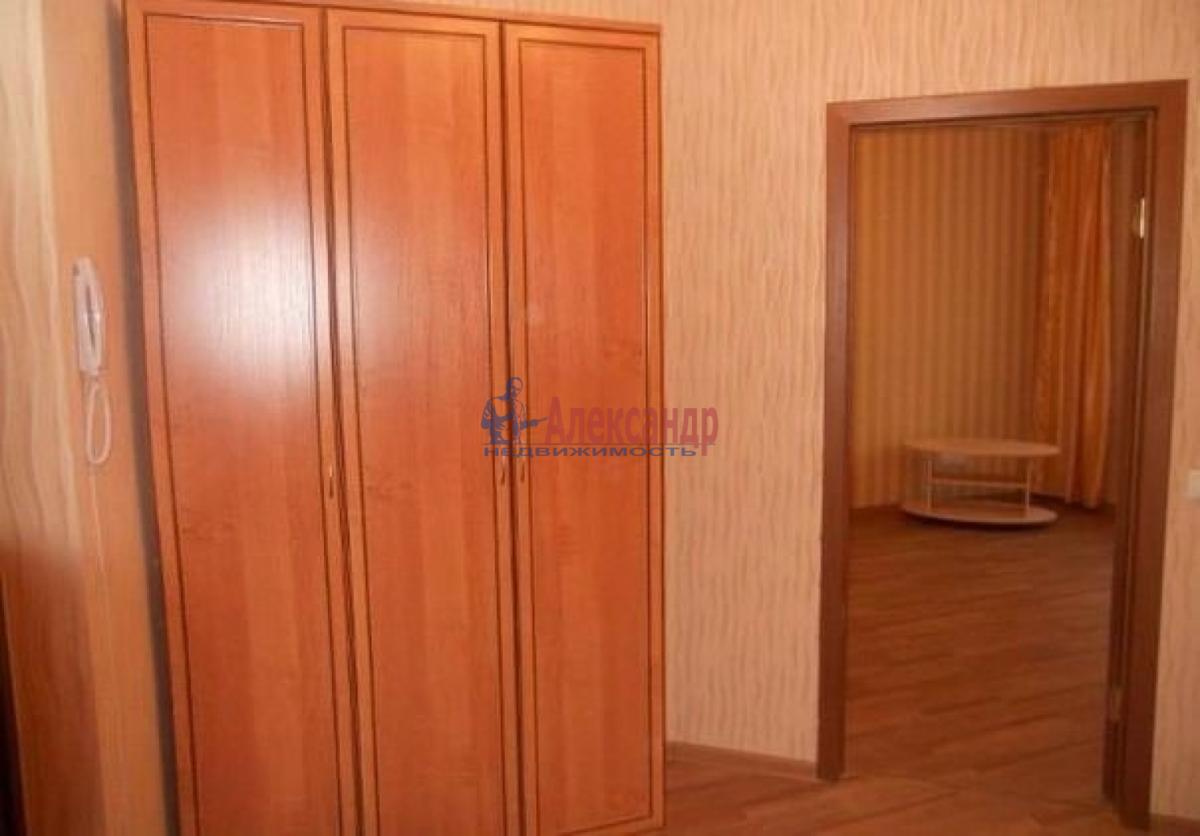 1-комнатная квартира (38м2) в аренду по адресу Стачек пр., 85— фото 3 из 6