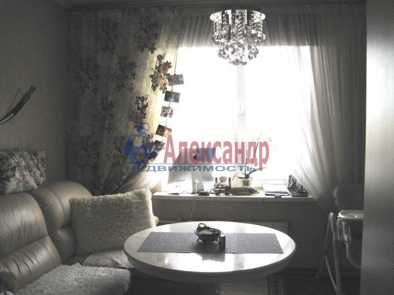 1-комнатная квартира (54м2) в аренду по адресу Зои Космодемьянской ул., 11— фото 2 из 7
