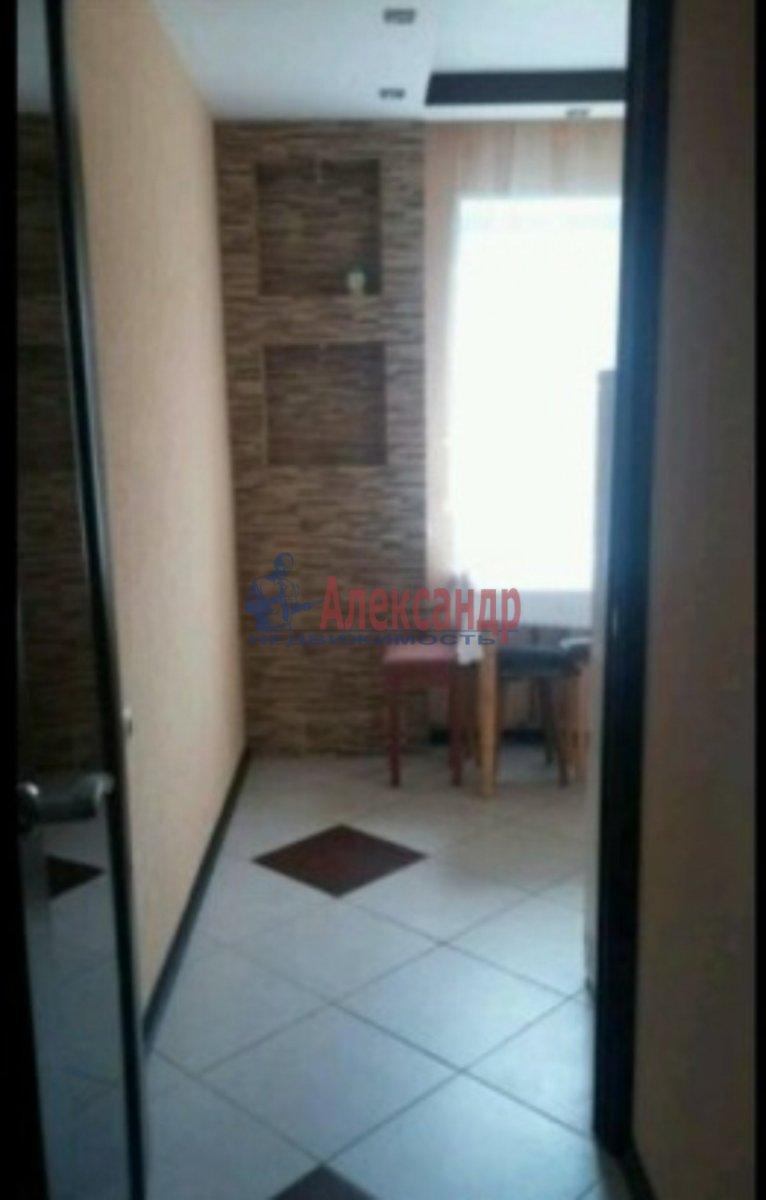 1-комнатная квартира (40м2) в аренду по адресу Стачек пл., 24— фото 2 из 3