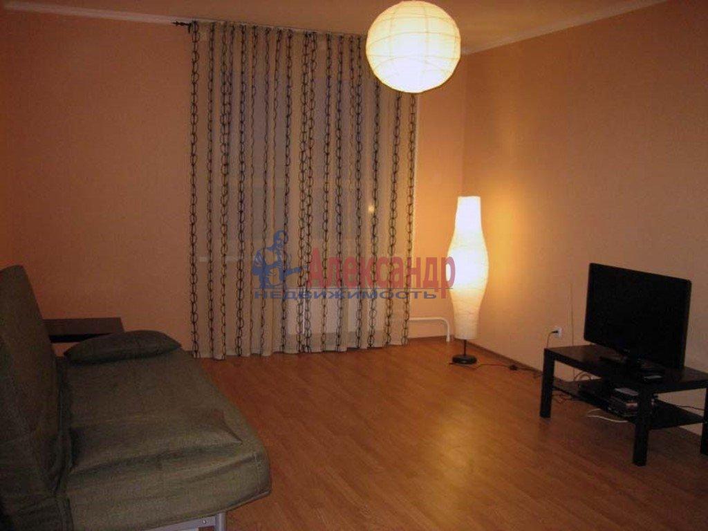 2-комнатная квартира (65м2) в аренду по адресу Гжатская ул., 22— фото 1 из 3