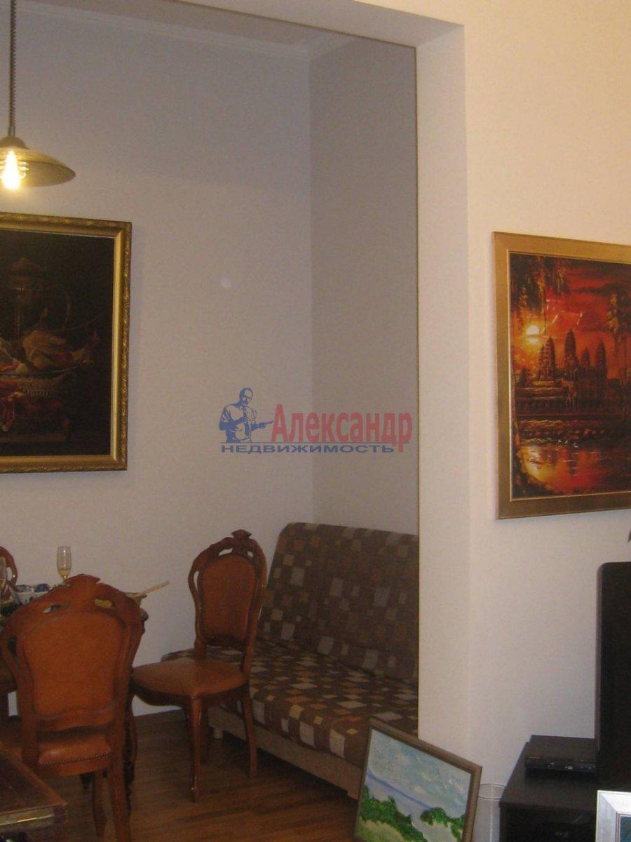 2-комнатная квартира (80м2) в аренду по адресу 5 Советская ул., 4— фото 2 из 16