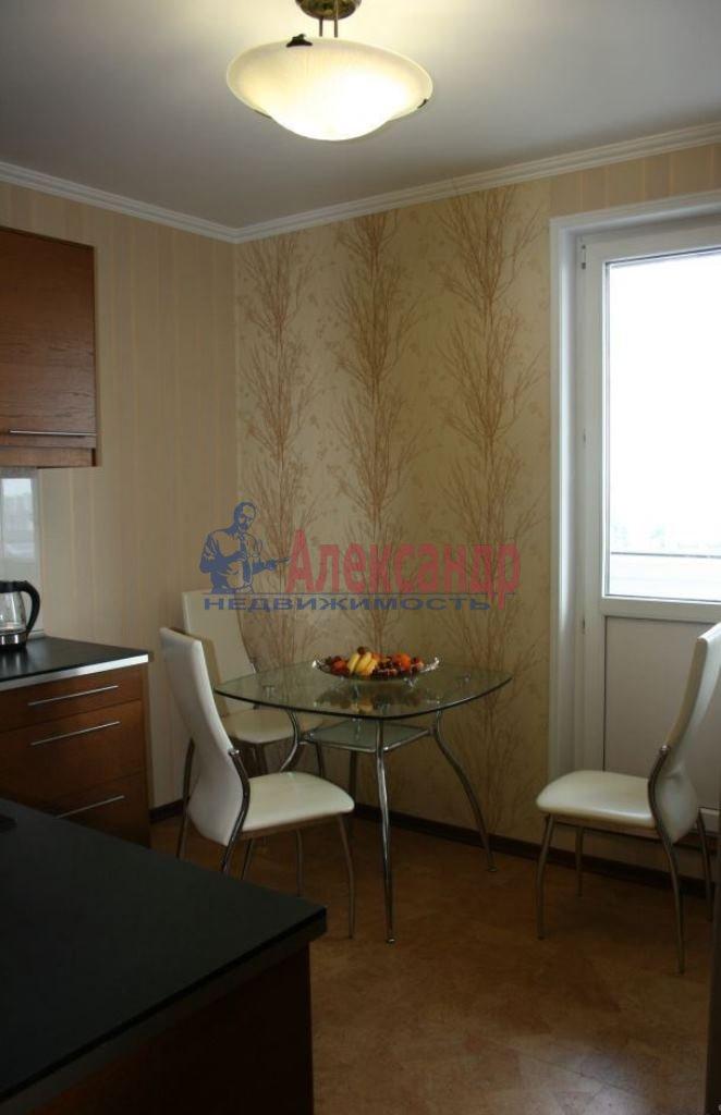 2-комнатная квартира (70м2) в аренду по адресу Обуховской Обороны пр., 138— фото 9 из 9
