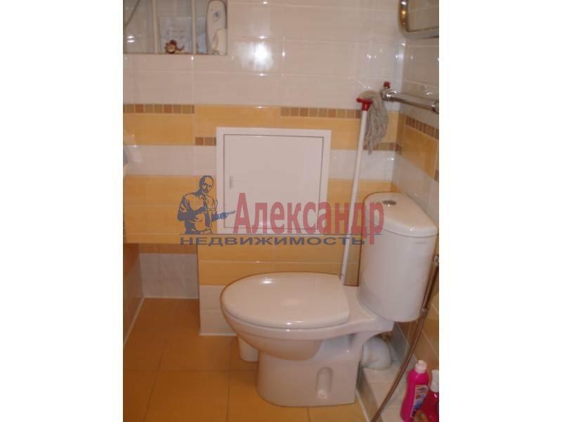 1-комнатная квартира (43м2) в аренду по адресу Большеохтинский пр., 9— фото 6 из 11