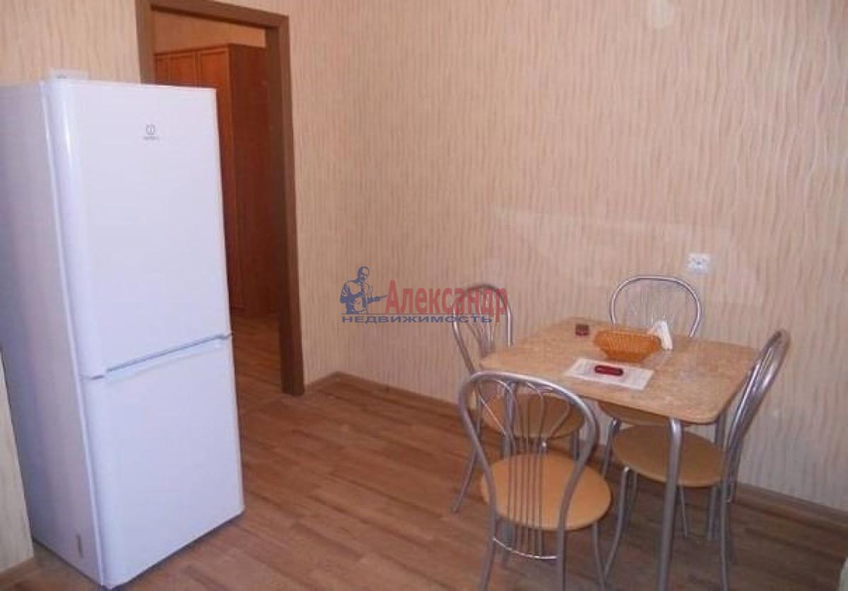 1-комнатная квартира (38м2) в аренду по адресу Стачек пр., 85— фото 4 из 6