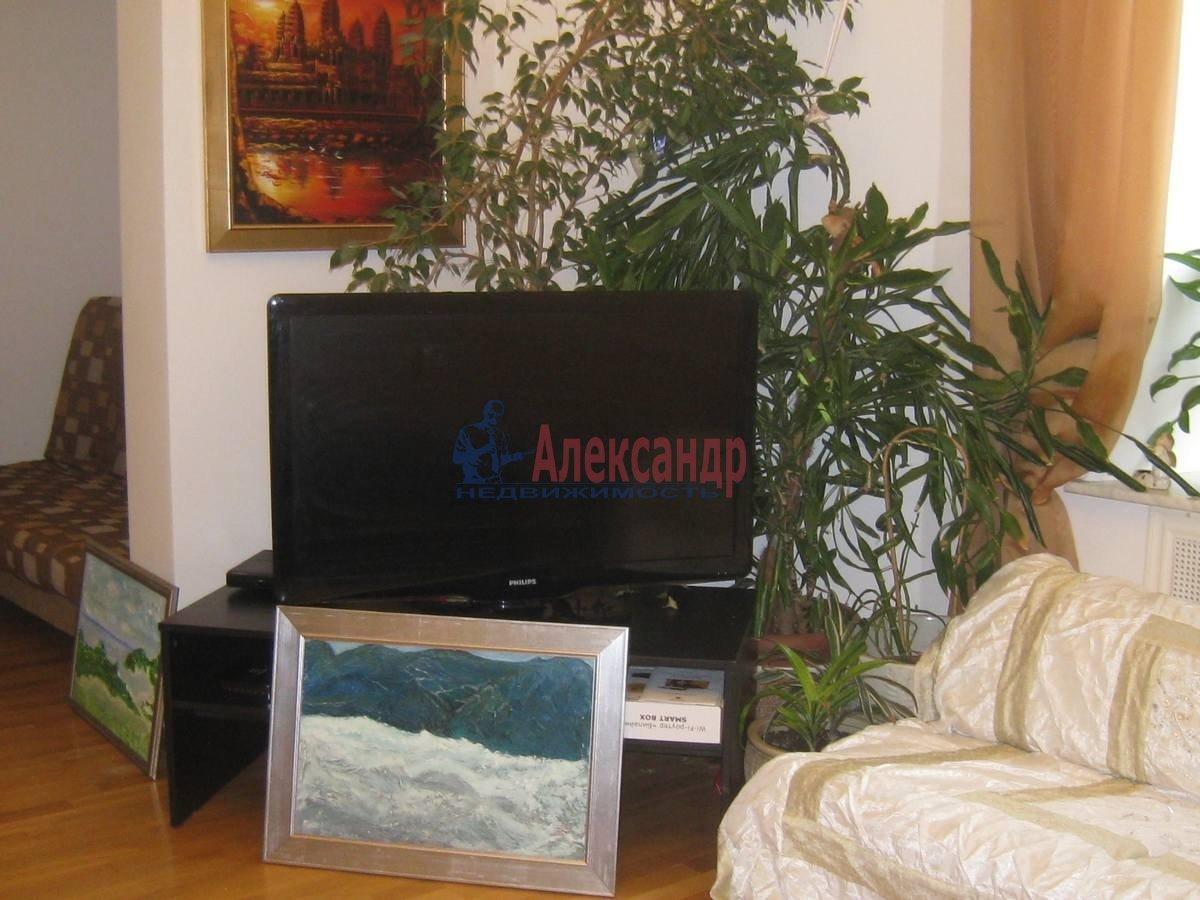 2-комнатная квартира (80м2) в аренду по адресу 5 Советская ул., 4— фото 1 из 16