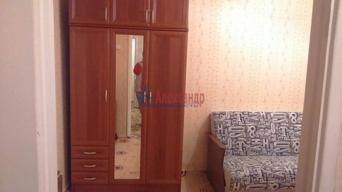2-комнатная квартира (48м2) в аренду по адресу Горелово пос.— фото 3 из 5