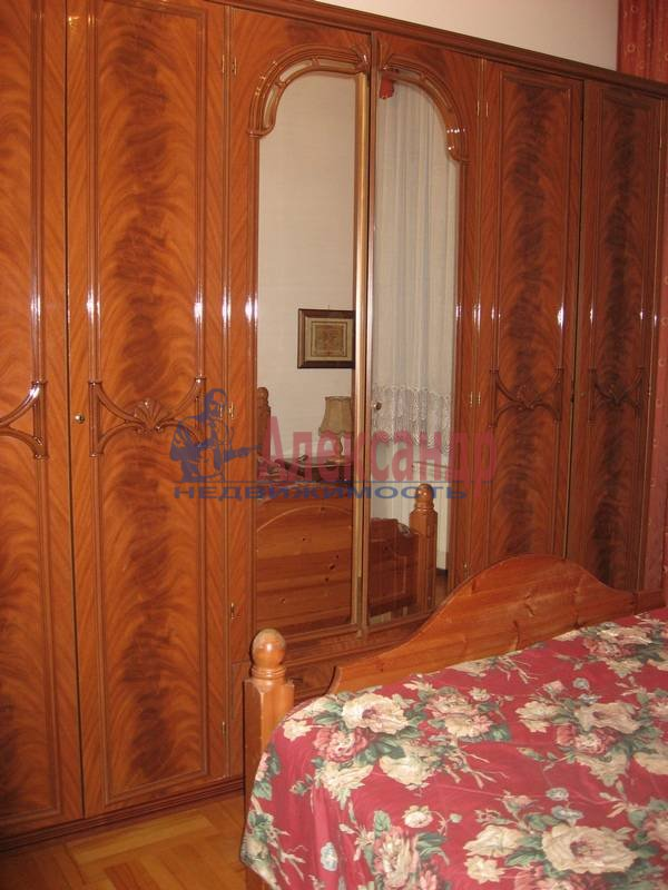 4-комнатная квартира (160м2) в аренду по адресу Рубинштейна ул., 3— фото 20 из 23