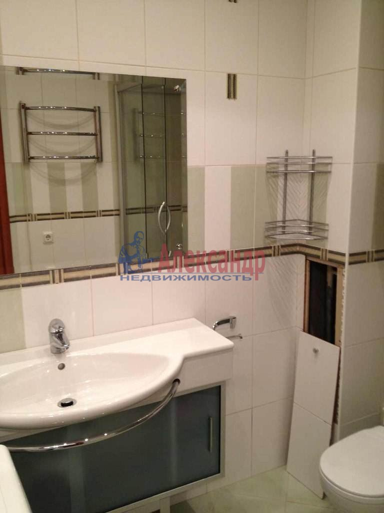 2-комнатная квартира (51м2) в аренду по адресу Клочков пер., 6— фото 2 из 8