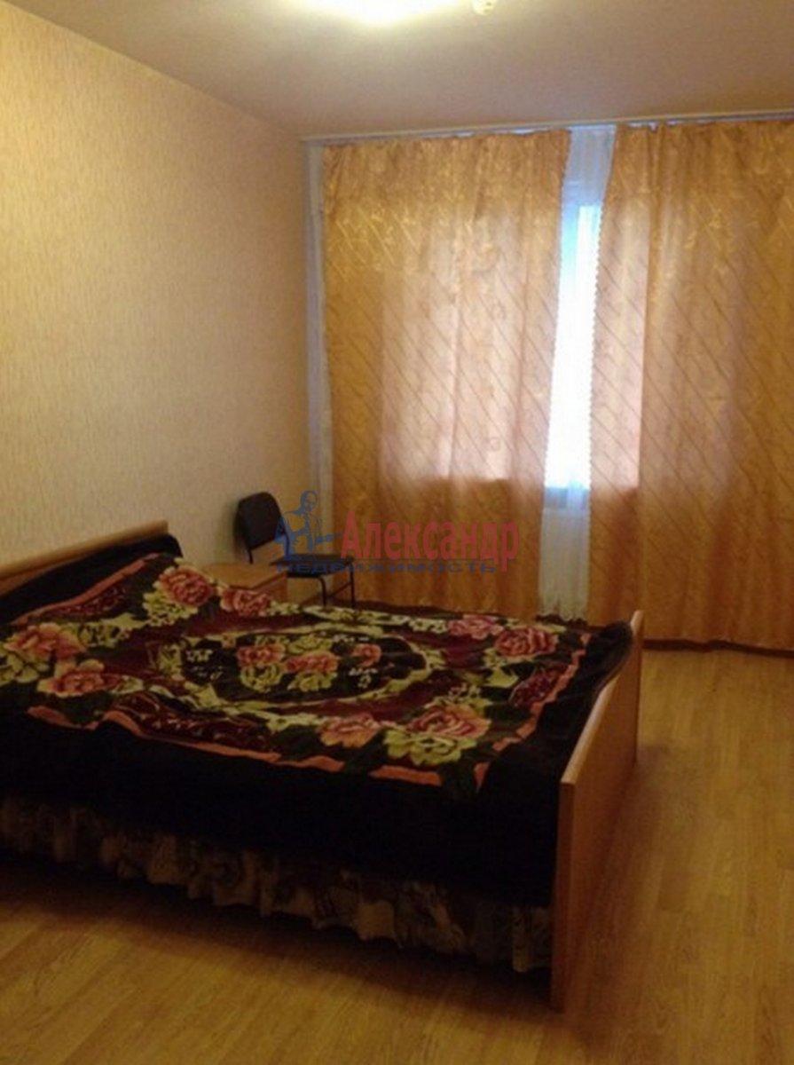 2-комнатная квартира (62м2) в аренду по адресу Михаила Дудина ул.— фото 5 из 10