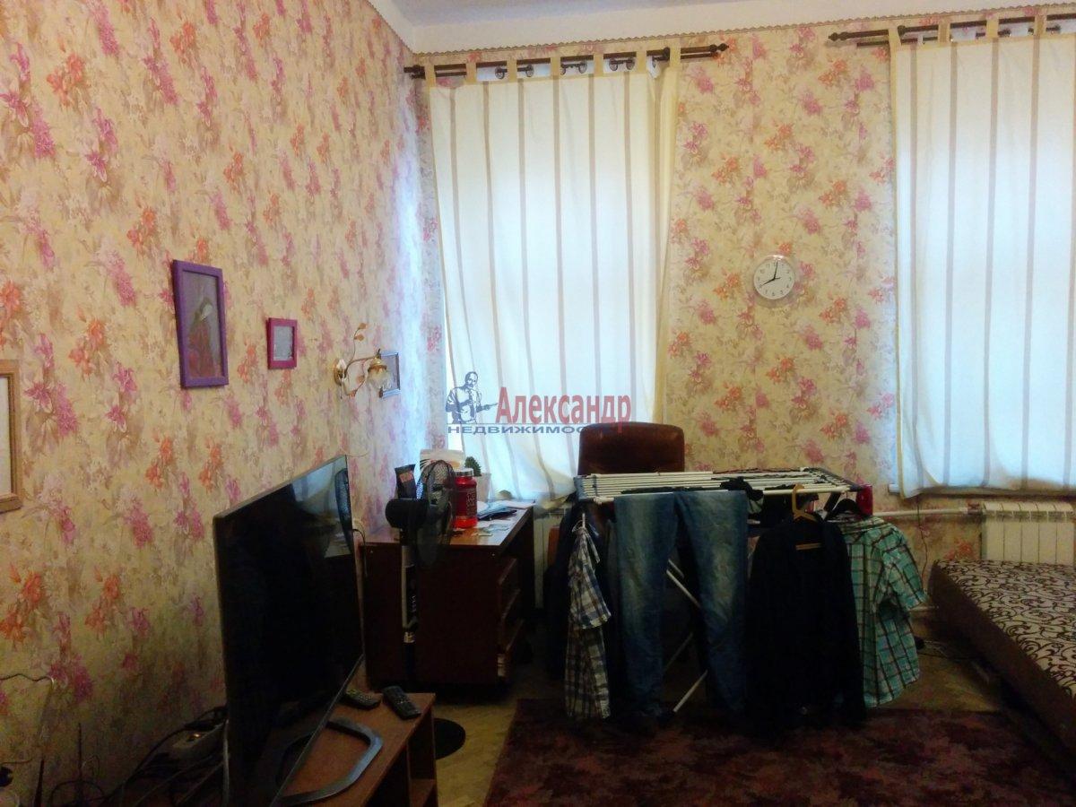 1-комнатная квартира (52м2) в аренду по адресу Херсонская ул., 2— фото 4 из 8