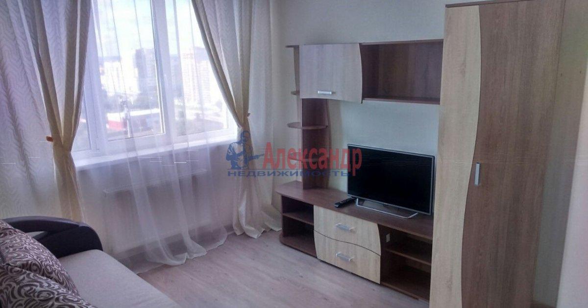 1-комнатная квартира (37м2) в аренду по адресу Караваевская ул., 28— фото 2 из 5