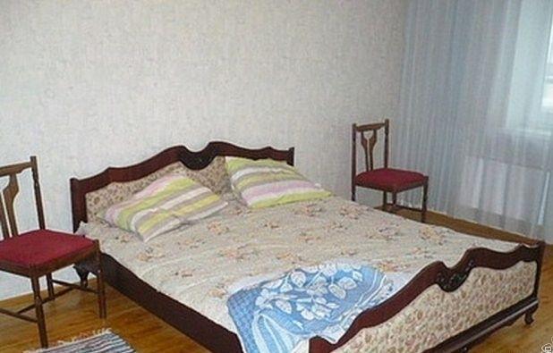 Комната в 2-комнатной квартире (61м2) в аренду по адресу Академика Лебедева ул., 9— фото 1 из 3