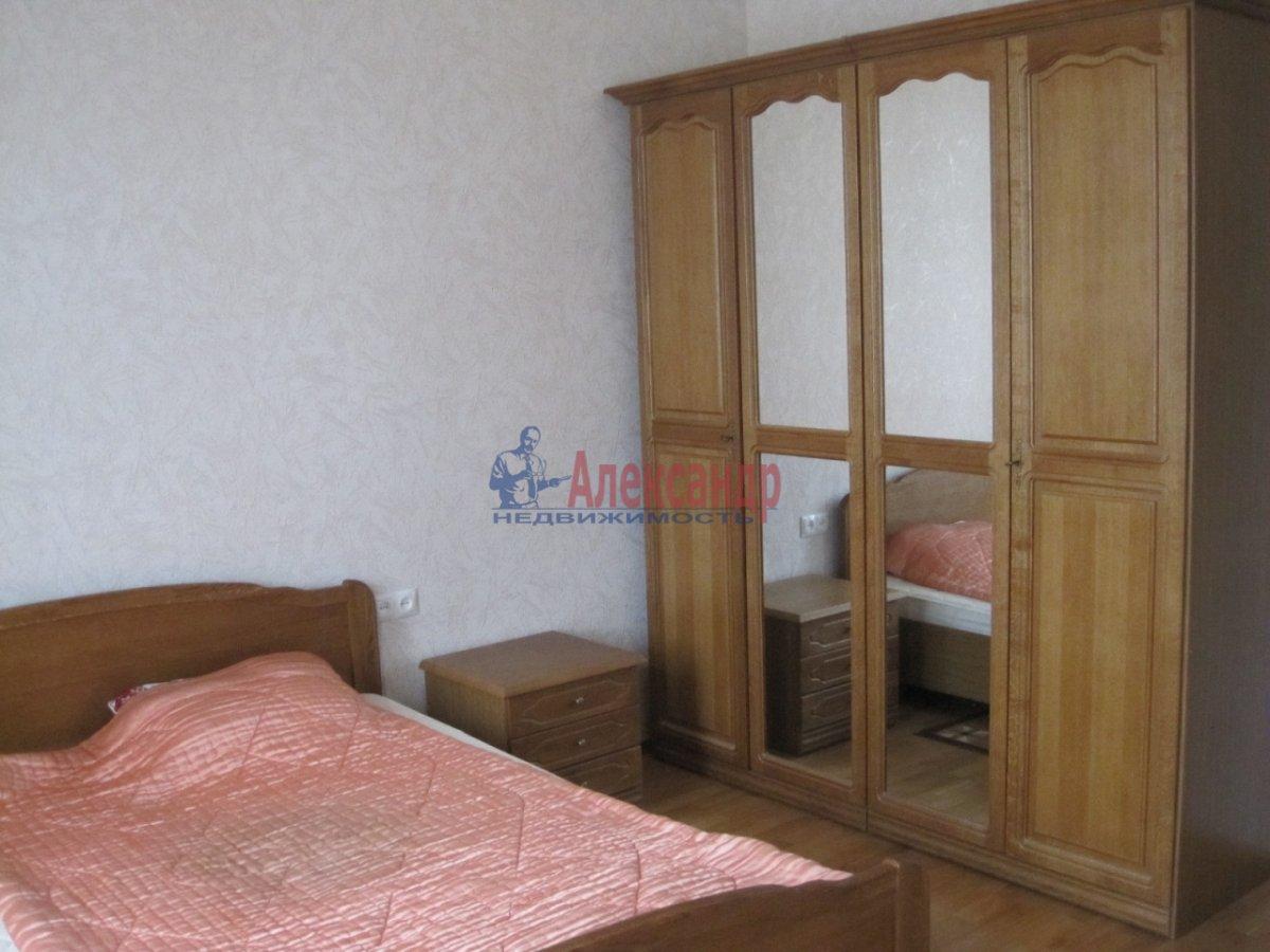4-комнатная квартира (110м2) в аренду по адресу Спасский пер., 3— фото 5 из 10